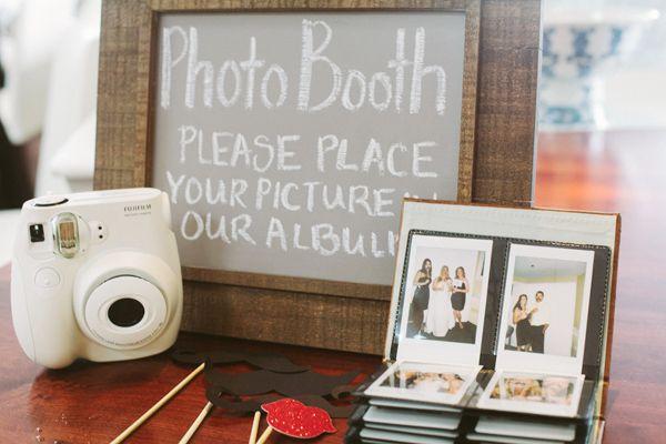 Foto-budka dla gości (źródło: pinterest)