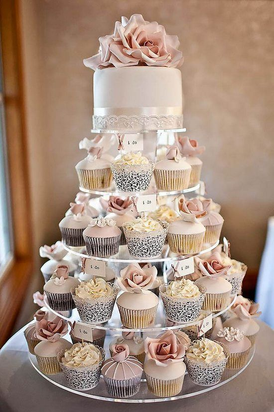 nowoczesny tort weselny
