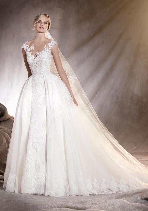 sukienka ślubna pronovias koronka